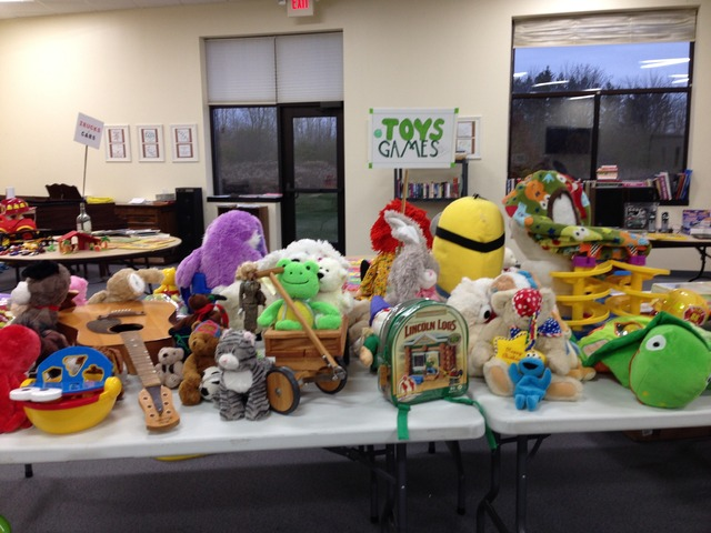 Church Rummage Sale in Mequon, Ozaukee County, Wisconsin - Ozaukee